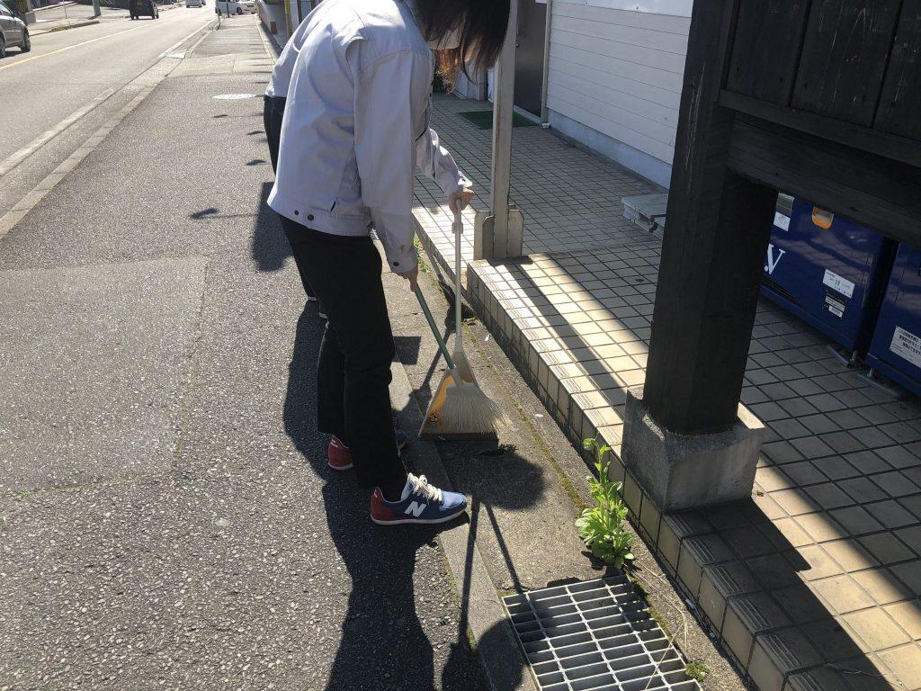 ☆街中清掃活動☆ (4)